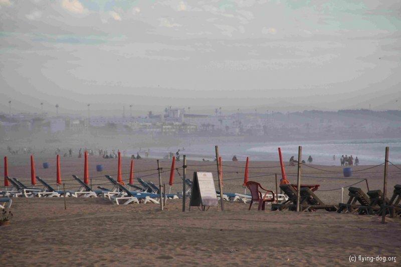 Von Rabat bis Agadir / 16.-24.10.12 /  abends am Strand von Agadir